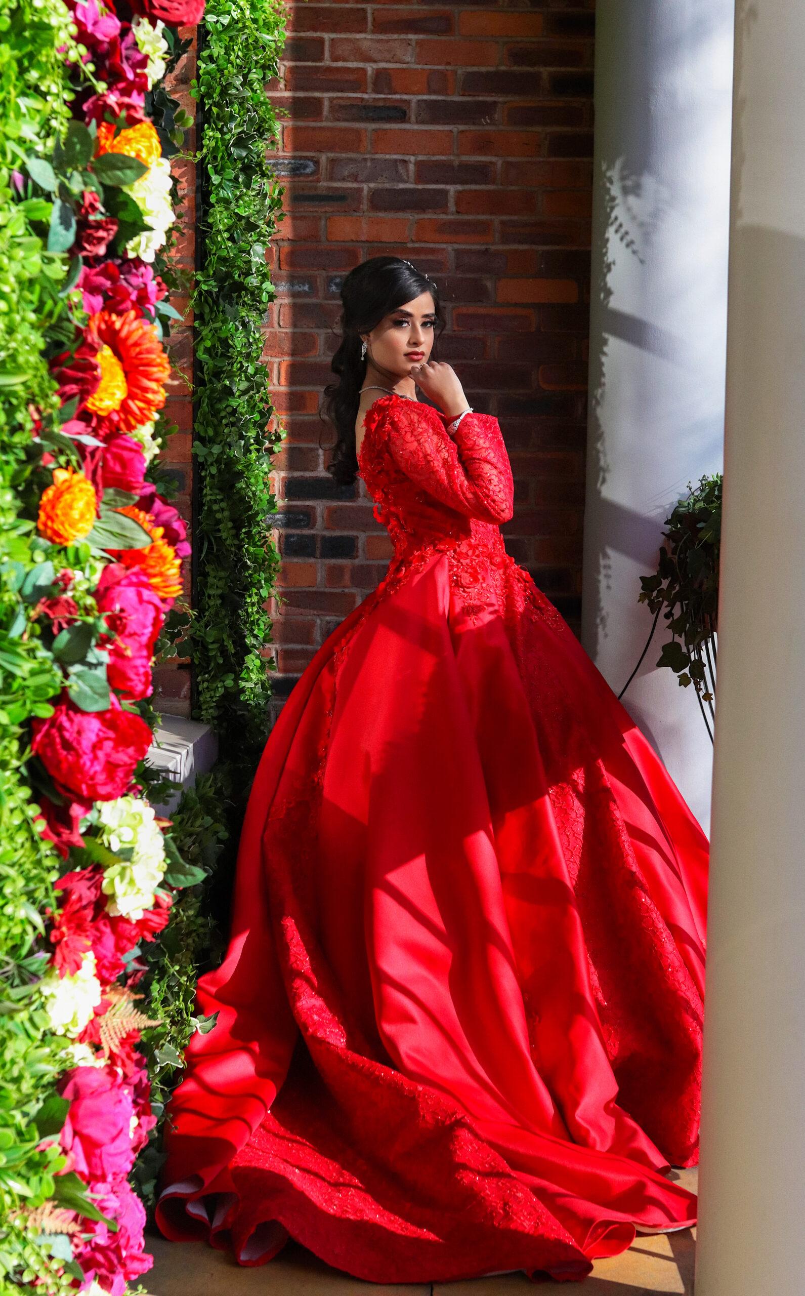 Red wedding dress at Saint Pauls